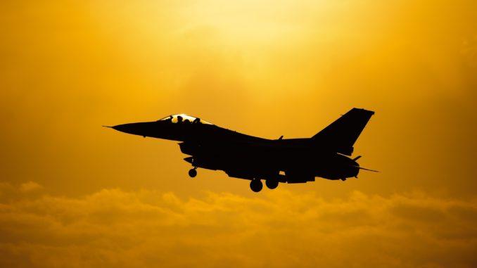 military jet 1138147 1920